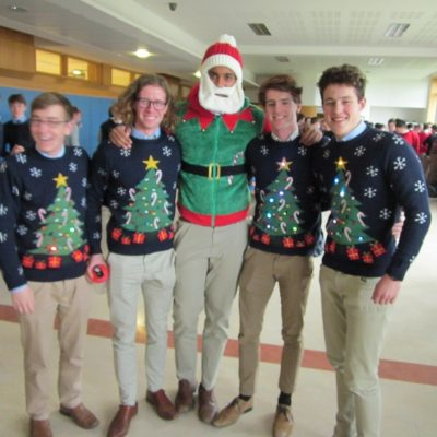 2017-12-07-Christmas-Jumper-Day-2017-3-400x400